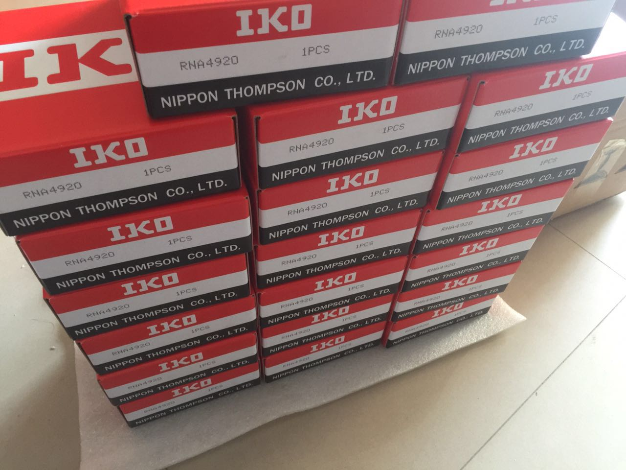 IKO Origin High quality Supplier needle roller bearing RNA4920