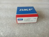 22205E Original SKF Spherical Roller Bearing 22205E SKF bearing